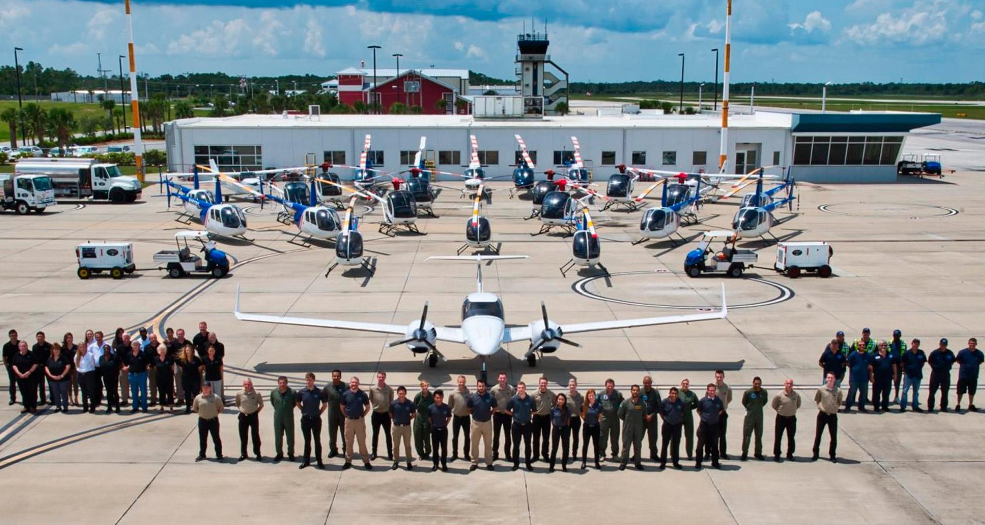 equipo-de-la-academia-piloto-helicopteros-usa