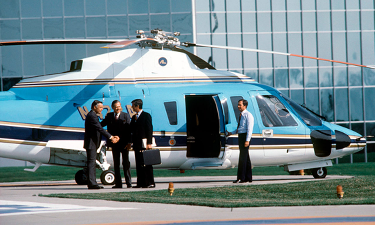 piloto-helicopteros-para-traslados-VIP-academia-piloto-helicopteros-usa