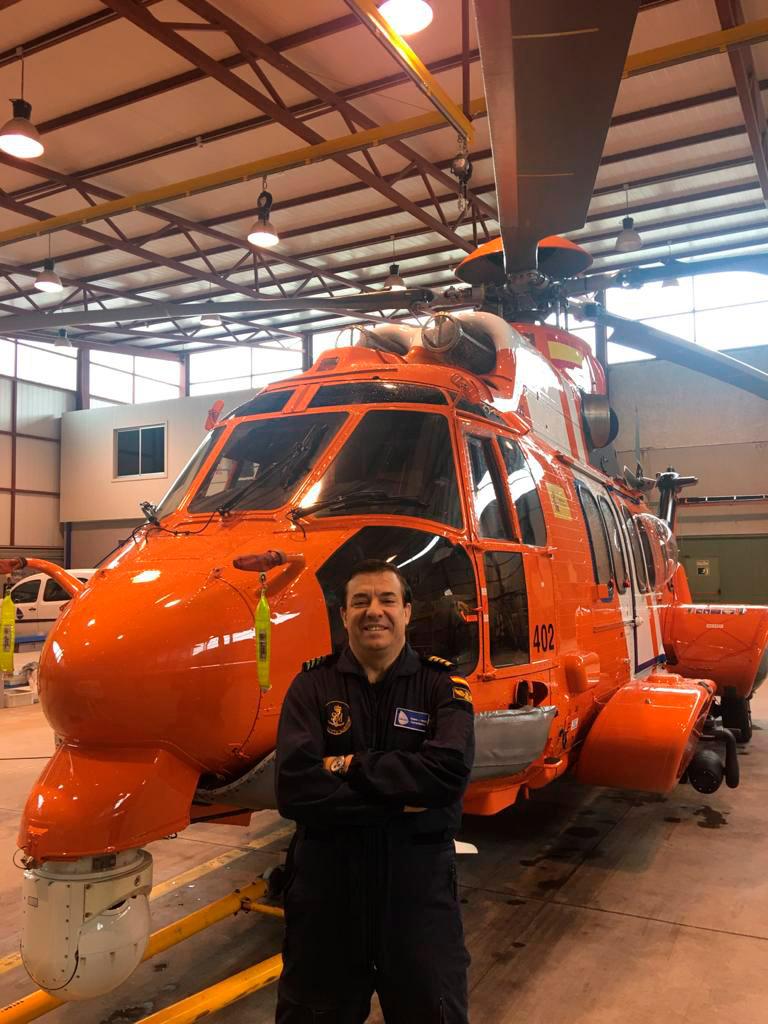 Vicente-representante-de-academia-piloto-helicoptero-usa